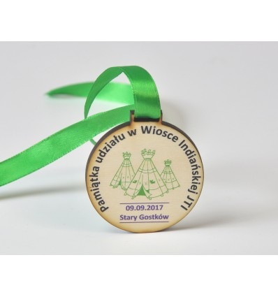 Medal drewniany 6x6cm grubość 5mm ze wstążką