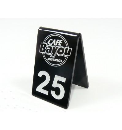 Numerek na stół plexi z logo 5x8cm, grubość 3mm