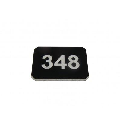 Numer na wieszak szatniowy z laminatu 3x4 cm