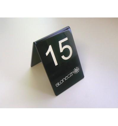 Numerek na stół plexi z logo 8x12cm, grubość 3mm