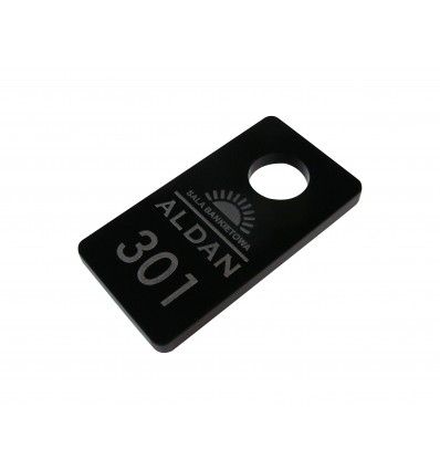 solidny mocny brelok z plexi kolorowej czarnej 3,5x6,5 cm, grubość 5mm