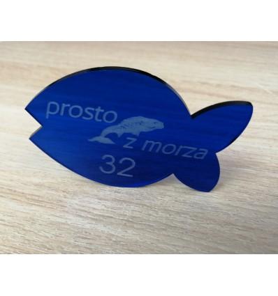 Numerek do restauracji z plexi z logo 5,5x8cm, grubość 3mm