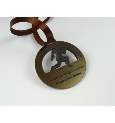 Medal plexi + laminat z grawerem 7 cm grubość 4,6 mm wstążka